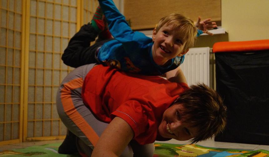 original play, terapia poprzez zabawę, rehabilitacja dzieci, centrum wspomagania i terapii rodziny